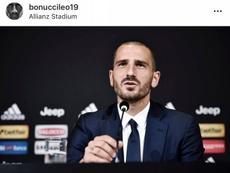 I tifosi milanisti contro Kalinic e Bonucci. Instagram/BonucciLeo19