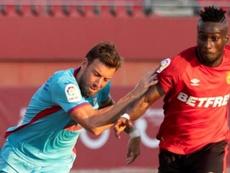 Lago Junior (d) fue clave en el partido. EFE/Cati Cladera