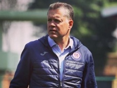 Chivas anuncia a Peláez, que tiene tres ases bajo la manga. Instagram/rpl9