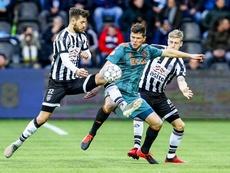 El Ajax cayó por la mínima en su visita al Heracles. Twitter/AFCAjax