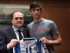 Le joueur continue avec la Real Sociedad jusqu'en 2022. RSTV