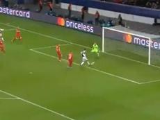 Dybala puso el centro y Cristiano solo tuvo que empujar. Capturas/Movistar