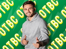 Patrick Roberts signs for Norwich City. NorwichCityFC
