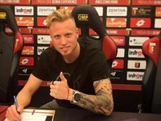 Rodríguez pertenece al Genoa. Genoa