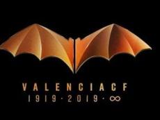 La genial respuesta del Valencia tras la denuncia de DC por el murciélago. ValenciaCF