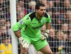 El veterano portero Julián Speroni, de 36 años de edad, recibirá una oferta para ampliar su contrato con el conjunto londinense. CPFC