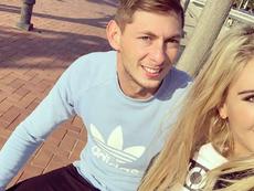 Sin noticias del delantero de Sala. Instagram/BereniceSchkair