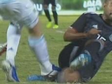 Una entrada de Gaich provocó una gran bronca entre Argentina y México. Captura/ESPN