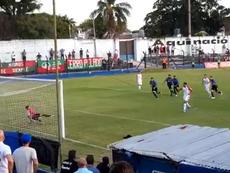 Ernesto Goñi, de Liverpool, detuvo un penalti en el añadido. Twitter/Gonza_Martini