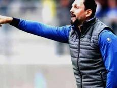 Erol Bulut, nuevo entrenador del equipo turco. Twitter/Fenerbahce