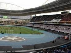 Botafogo e Atlético-GO se enfrentam no Estádio Nilton Santos. Twitter/Botafogo