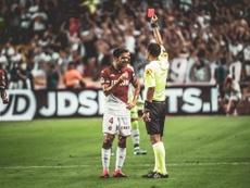 Fàbregas, expulsado. Twitter/AS_Monaco_ES