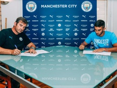 Ferran Torres ya es jugador del Manchester City. Twitter/ManCity