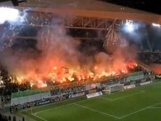Estádio de Saint-Étienne, interditado até segundo aviso. Twitter/JulienFroment