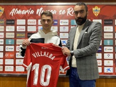 Villalba llega con la intención de ser clave para conseguir el ascenso. Twitter/Almería