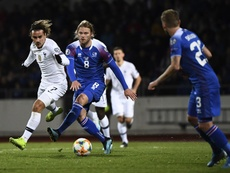 França bate Islândia por 1 a 0 e assegura liderança do grupo H. Twitter/@equipedefrance