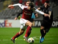 Nuno Gomes ve en Trincao algo del juego de Neymar. AFP