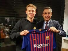 De Jong jugará en el Barça. FCBarcelona