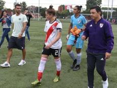 Gallardo y Ponzio estuvieron con el equipo femenino. CARPoficial