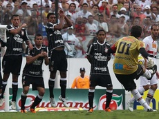 Jogo do gol 100 de Rogério Ceni tinha Tite, aposentados e até jogador no futebol chinês. Goal