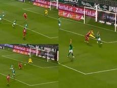 Il goal di Lewandowski contro il Werder. Movistar