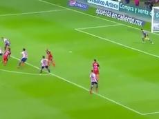 Triangulación perfecta en el fútbol azteca. Twitter