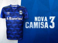 Grêmio completa 116 anos e lança uniforme número três. Grêmio