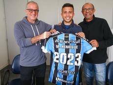 Grêmio renova com Matheus Henrique até 2023. Grêmio