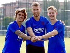 Griezmann, De Jong y Neto, protagonistas del primer entrenamiento. Twitter/FCBarcelona_es