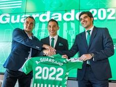 Guardado renovó con el Betis hasta 2022. EFE