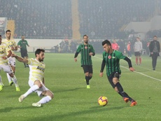 El Akhisar dio un revolcón al Fenerbahçe. Akhisarspor
