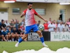 El Sporting inscribe a Saúl García tras rescindir a Traver y Hernán. RealSporting