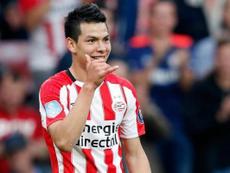 Lozano ya jugó la previa con el PSV. AFP