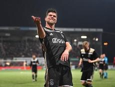 L'Ajax ouvre la porte à Huntelaar et Bruno Varela. Ajax