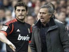 Iker Casillas and José Mourinho. EFE