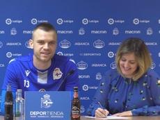 Jovanovic fue presentado como jugador del Deportivo. Twitter/RCDeportivo