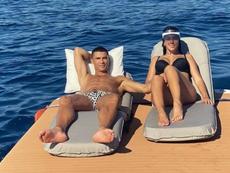 Cristiano pediu Geogina em casamento com o anel mais caro do mundo. Instagram/georgina