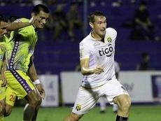 Guaraní golea y se medirá en la final de Copa a Libertad. ClubGuaraní