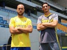 Cala y Bodiger, ilusionados por esta nueva etapa. Twitter/Cadiz_CF