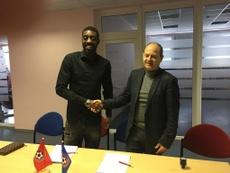 Brakley Miguel Panzo firmó en Lituania. FKPanevezys