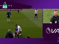 Premier League admit that Lo Celso should have been sent off v Chelsea. Captura/DAZN