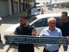 Fekir è atterrato a Siviglia. Captura/ElDesmarque_RBB