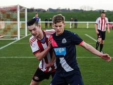 Oliver Long, nuevo jugador del Worthing. NewcastleUnited