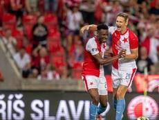 El Slavia apuntala el liderato. Twitter/SlaviaOfficial