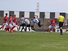 Los ERTE amenazan al fútbol modesto. Twitter/RealBalompédicaLinense