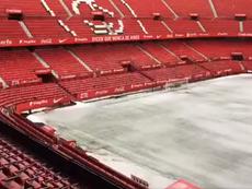 Así luce el Pizjuán después de la granizada. Twitter/SevillaFC