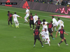 Sevilla had a goal controversially ruled out by VAR. Captura/Movistar+