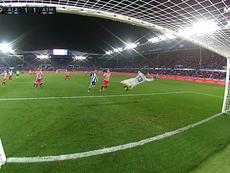 Lucas Perez hit it into the top corner for Alaves against Atleti. Captura/Movistar+LaLiga