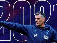 El Eibar anunció así la renovación de Mendilibar. Twitter/SDEibar