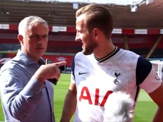 Mourinho interrupts the interview. Screenshot/SpursOfficial